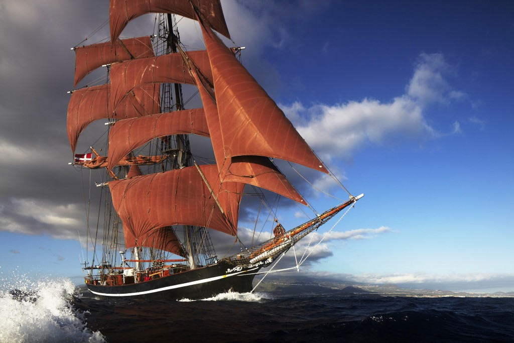 Eye of the Wind by Forum train & sail and Klaus Andrews. High Quality 5616 x 3744