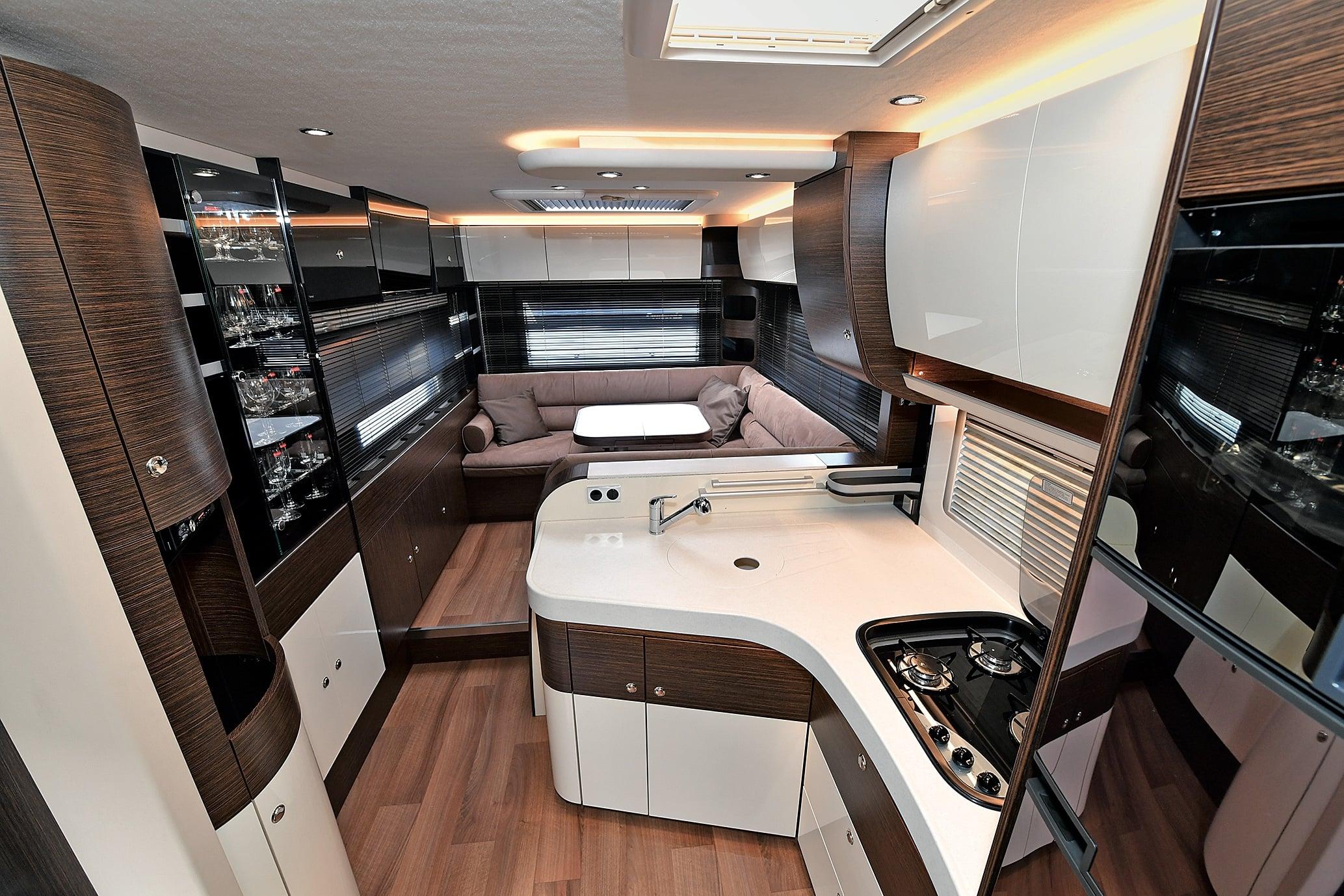 concorde carver 890 rrl reisemobil internationalreisemobil international. Black Bedroom Furniture Sets. Home Design Ideas