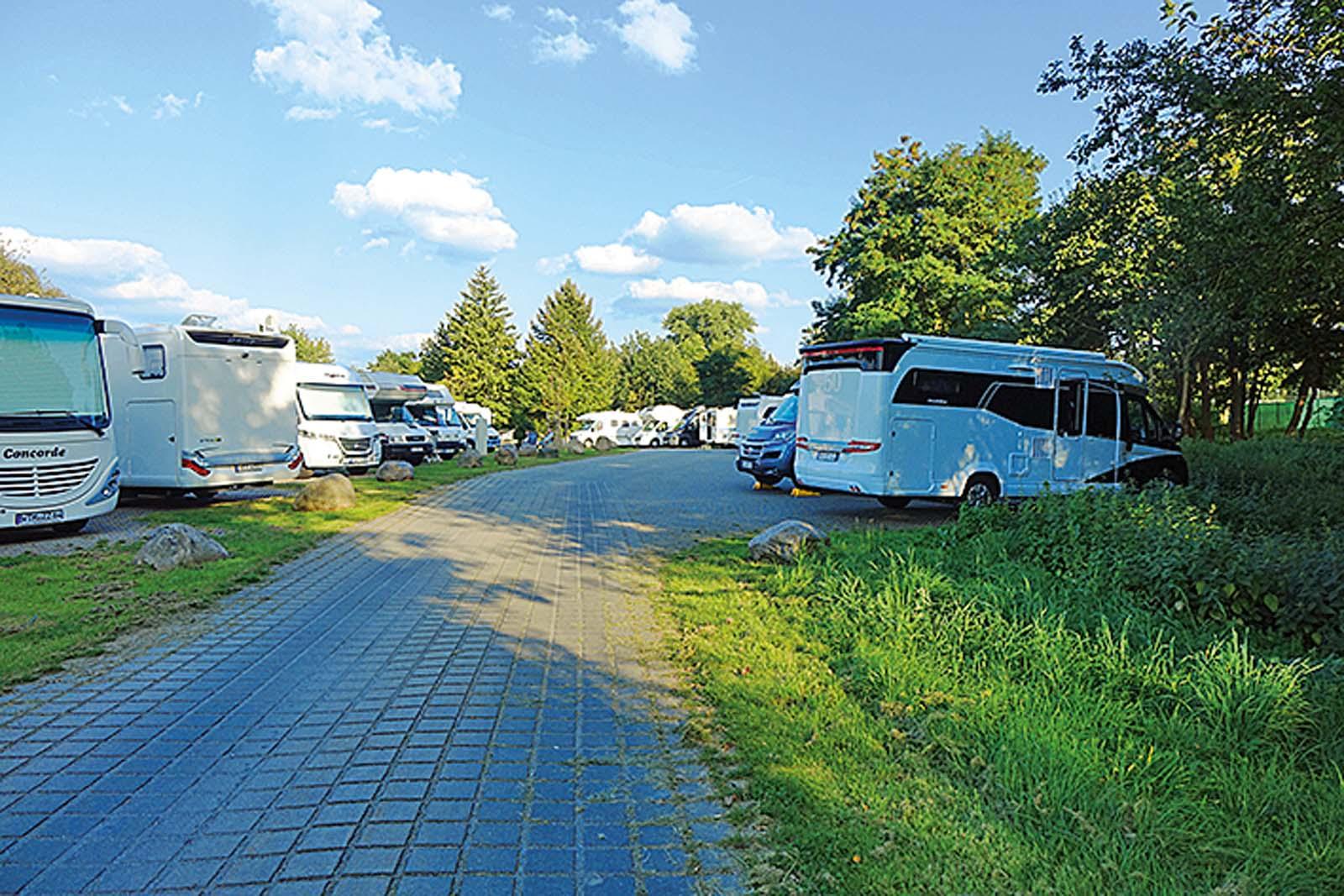 K Chen L Neburg stellplatz check hamburg lüneburg stade buxtehude