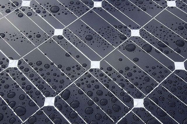 solaranlage am wohnmobil fachgerecht nachr sten reisemobil international. Black Bedroom Furniture Sets. Home Design Ideas