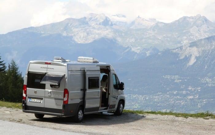 Was ist ein wohnmobil reisemobil international kl rt auf for Wohnmobil aussendesign
