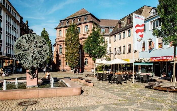 Schicksalsrad am Obermarkt in Worms