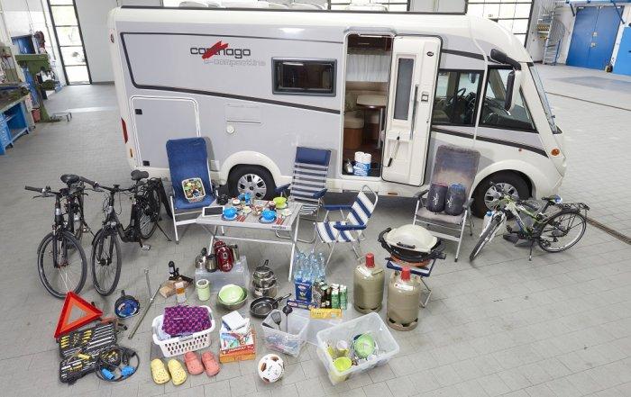 Auf die Zuladung kommt es beim Wohnmobil an: Zu schwere Fahrzeuge können teuer werden.