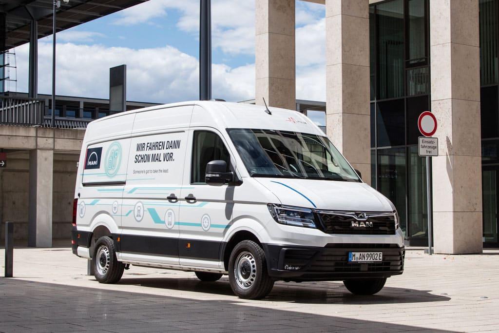 MAN präsentiert auf der IAA Nutzfahrzeuge in Hannover den vollelektrisch angetriebenen eTGE.